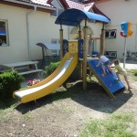 Samarita - speeltoestellen weeshuis (1)